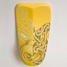 another fantastic piece from Rangi Kipa - Maori Maori Patterns, Flax Weaving, Polynesian Art, Maori Designs, New Zealand Art, Nz Art, Maori Art, Kiwiana, Carving Designs