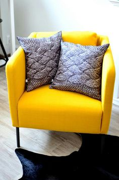 Grey and yellow! <3