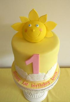 sunshine birthday cake-@Katie Cameron: for my 30th in a couple years make that 1 a 30 and I'll feel really special ;-)