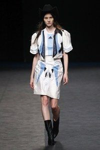 María Escoté Madrid Frühjahr/Sommer 2020 - Fashion Shows