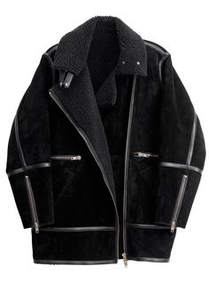 Maxi-blouson en peau retournée, H&M, 249 €.