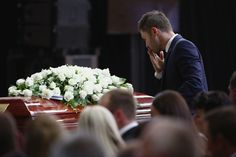 Australia cricket captain Michael Clarke broke down as he delivered a heartbreaking eulogy for Phil Hughes, his teammate and