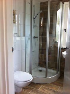 Bathroom 2⃣  Wooden tiles ❓