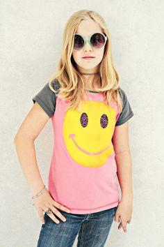 "girls t-shirt design ""Smiley"" with raglan sleeves, colour ""flamingo"""