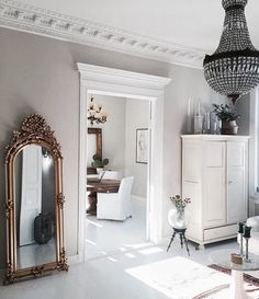 A place to express my love for interior and exterior design. Home Interior, Interior Architecture, Interior And Exterior, Home Living, Living Room, Flur Design, Appartement Design, Deco Retro, Scandinavian Apartment
