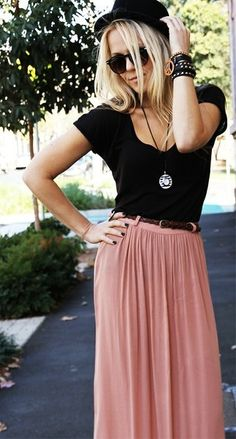 Dusty Rose Maxi Skirt, Black V-Neck Tee, Long Necklace, Sunglasses, and Black Fedora <3