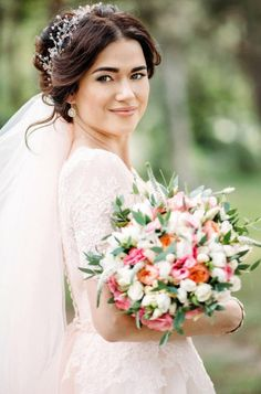Wedding - is one of the most important events in the life of any girl. Everything has to be perfect. I am happy to try to make the most beautiful decoration for you, to make you feel the most beautiful bride.  Ill be glad to offer you a great decoration for your image. This piece is