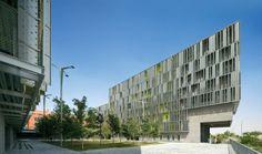 165 Social Housing Units in Vallecas by Vázquez Consuegra. IX BIAU Award. Vallecas. [MAD] Spain. #architecture