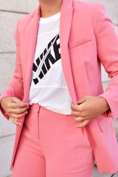Pink suit, all pink, tomboy look, streetstyle - justlikesushi.com / @wenetherlands