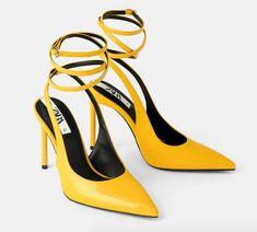 Tarzınıza bu topuklularla biraz renk katmaya ne dersiniz? Zara Shoes, Pumps Heels, Ankle Strap, Color Yellow, Things To Sell, Products, Fashion, Moda, La Mode