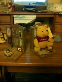 WINNIE THE POOH BOOK ENDS...