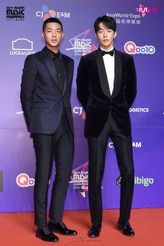 #Jisoo #NamJooHyuk #Mama2017 Ji Soo Nam Joo Hyuk, Ji Soo Actor, Sassy Go Go, Kdrama Actors, Park Hyung Sik, Lee Jong Suk, Korean Actors, Korean Dramas, Korean Idols