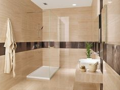 salle de bains élégante avec un carrelage mural et de sol en beige clair
