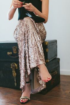 long sequin skirt for new year's eve #nye #party #sparkle