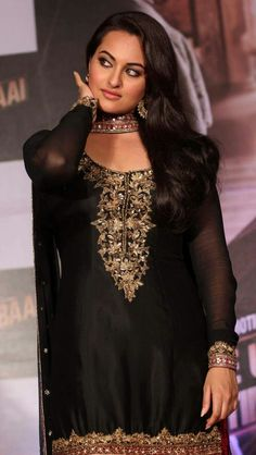 Beauty Queen Sonakshi Sinha <3