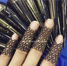 I'm obsessed with henna fingers