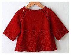 Kız bebekler için kırmızı cici bir hırka