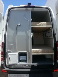 Incredible And Easy Tips Rv And Camper Van Storage Ideas 35 - Van Life Van Conversion Interior, Camper Van Conversion Diy, Van Interior, Kombi Motorhome, Camper Trailers, Campervan, Diy Van Camper, Camper Van Life, Mercedes Sprinter Camper