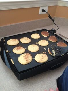 Paleo Coconut Flour Gluten Free Pancakes 1/2 cup of coconut flour 1 cup of whole milk 4 pastured eggs 2 tablespoons of raw honey 2 teaspoons of vanilla extract 1 teaspoon of baking soda 1 teaspoon of sea salt 1 tablespoon of cinnamon Glob of coconut oil to grease the griddle Reviewer served w/warm cinnamon apples