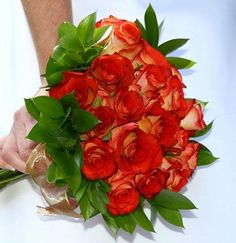 Red Wedding Bouquets [Slideshow]