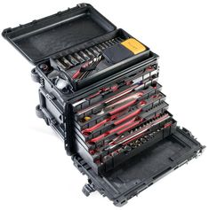 Pelican's 0450 is the Tyrannosaurus Rex of mobile tool boxes.