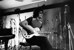 jeff lynne of elo images | photo of jeff lynne and electric light orchestra jeff lynne in a news ...