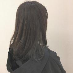 坂本一馬さんのスナップ #オフィス #ストリート #セミロング #透明感 #グレージュ #暗髪 #最旬センシュアルカラー Pretty Wallpapers, Girl Short Hair, Shoulder Length Hair, Cartoon Pics, Cartoon Wallpaper, Aesthetic Art, Aesthetic Wallpapers, Art Girl, Short Hair Styles