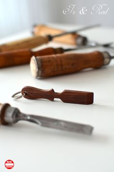 breloczek, narzędzia stolarskie, dłuto