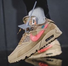 sale retailer ea264 754c2 Off-White x Nike Air Max 90