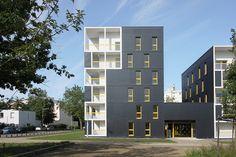 Galería de Les Patios Erdre Porterie / Jacques Boucheton Architectes - 2