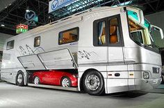 interesting idea for a motorhome. This way I can have a camper AND an STi. Car Camper, Camper Van, Travel Camper, Smart Fortwo, Luxury Caravans, Luxury Motorhomes, Mercedes Slk, Mercedes Camper, Luxury Rv