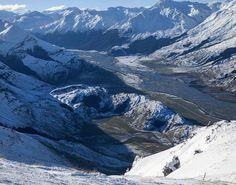 Matukituki Valley, New Zealand by @capturenz •