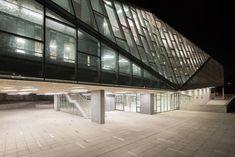 Gallery of Universidad de Chile - Juan Gomez Millas Campus Classroom Building / Marsino Arquitectos Asociados - 2