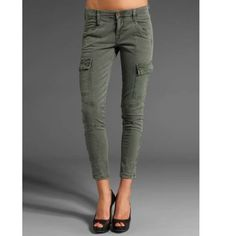 J brand Houlihan skinny cargo Wore a few times... Grey pair of skinny cargo pants. Army green color, zip ankles J Brand Jeans Skinny