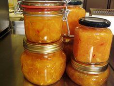 Nagyszerű ez a narancsos lekvár. Készítsetek belőle egy jókora adaggal, és tálaljátok a friss lekvárt reggelire vagy uzsonnára, de desszertnek is finom. Chutney, Grapefruit, Preserves, Nutella, Mason Jars, Jelly, Cake Recipes, Lime, Canning