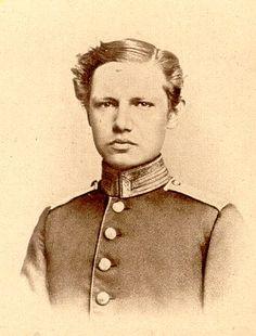 Hindenburg as a young man