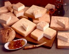 Orobie Bergamasche Park - Taleggio, a typical cheese of the valley