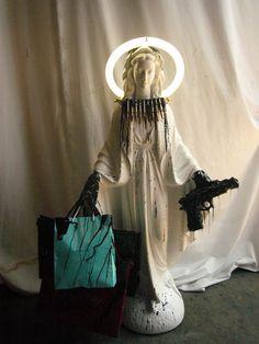 Shoot and Shop Mary [mattia biagi]