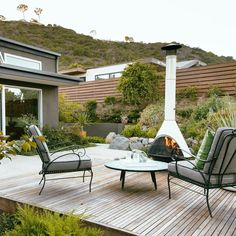 Large backyard landscaping ideas are quite many. However, for you to achieve the best landscaping for a large backyard you need to have a good design. Large Backyard Landscaping, Backyard Patio, Backyard Ideas, Patio Ideas, Backyard Kitchen, Wood Patio, Landscaping Ideas, California Backyard, Southern California