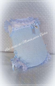 Lascosasdemamaparabebes. Crochet Baby, Knit Crochet, Girls Skirt Patterns, Baby Sweaters, Baby Knitting Patterns, Baby Sewing, Diy Crafts, Rompers, Handmade