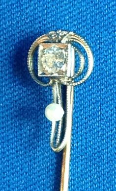 EDWARDIAN 14K YELLOW GOLD STICK PIN W/ .17 CT. DIAMOND & SEED PEARL, 2 1/2 INCH