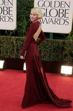 Naomi Watts. Las mejor vestidas de los Globos de Oro.