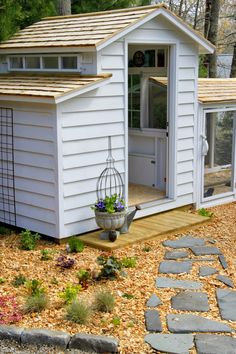 Tilly's Nest: Chicken Coop Tour with Edible landscaping + Chicken Art Giveaway