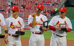 Matt Carpenter checks out his NL Champs ring. Let's get him a World Series ring this year :)