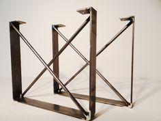 He encontrado este interesante anuncio de Etsy en https://www.etsy.com/es/listing/247890052/set-of-2-metal-dining-table-legs-u