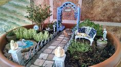 •:*¨¨*:•:~HONORABLE MENTION~:•:*¨¨*• The Great Annual Miniature Garden Contest sponsored by Two Green Thumbs Miniature Garden Center. This entry won Honorable Mention for the Container Category. Congratulations Dori!