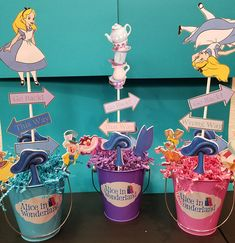 Best baby shower themes for girls alice in wonderland party ideas Ideas Alice In Wonderland Tea Party Birthday, Alice In Wonderland Theme, Girls Tea Party, Tea Party Theme, Party Party, 2 Birthday, Birthday Parties, Tea Parties, Baby Shower Table Centerpieces