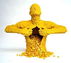 Megacurioso - Brincadeira de gente grande? Artista cria esculturas incríveis com LEGO