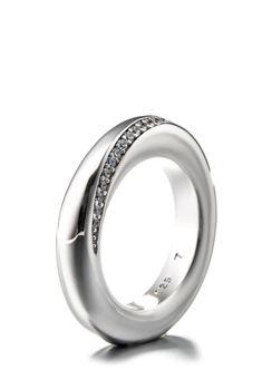 Esprit Jewel Ring Peribess, 925 Sterlingsilber, silbern Jetzt bestellen unter: https://mode.ladendirekt.de/damen/schmuck/ringe/silberringe/?uid=5b6a11bd-a6e1-5cda-98e9-c4bee488f572&utm_source=pinterest&utm_medium=pin&utm_campaign=boards #schmuck #ringe #bekleidung #silberringe Bild Quelle: brands4friends.de