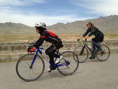 Una #pedalata per la #libertà: #bici ed #allenamenti per portare una #squadra afghana alle #olimpiadi 2020